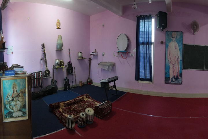 Samaritians English Medium Higher Secondary School-music room