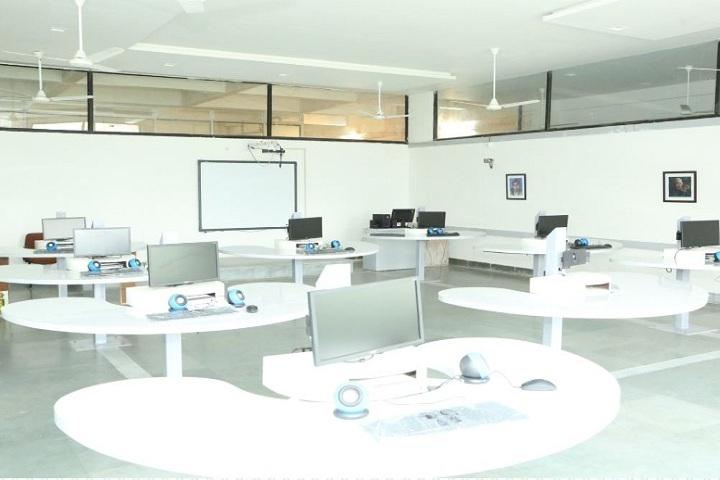Sanmati Higher Secondary School-Computer Class