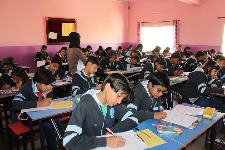Sant Chavara National Academy-Classroom