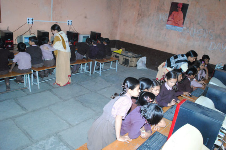 Sarasvati Vidhya Mandir Higher Secondary School-Computer Lab