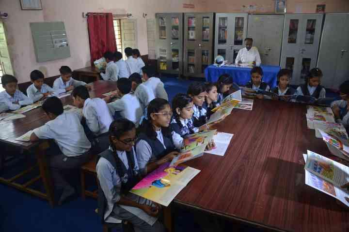 Sarasvati Vidhya Mandir Higher Secondary School-Library