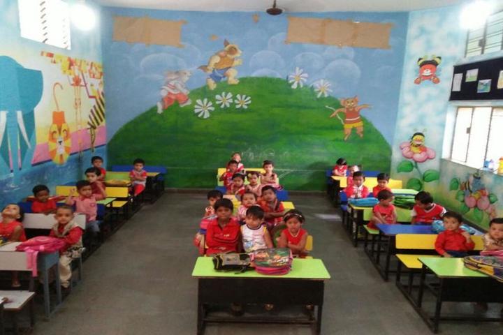 Scholars Den Higher Secondary School-Kids Classroom