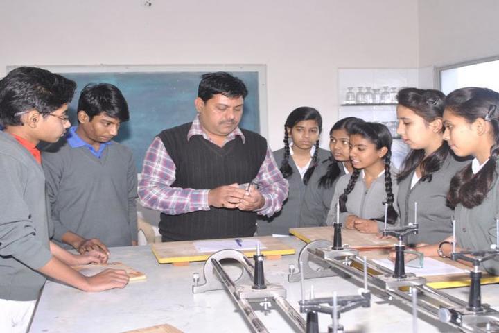 Scholars Den Higher Secondary School-Science Lab