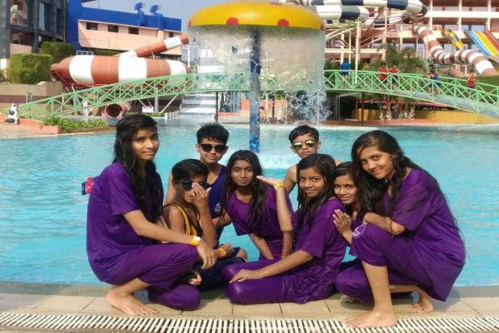 Scholars Den Higher Secondary School-Swimming Pool