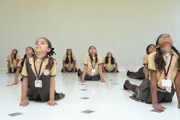 Scholars Public School-Yoga