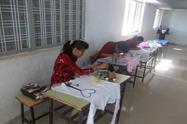 Sendhwa Public School-Art room