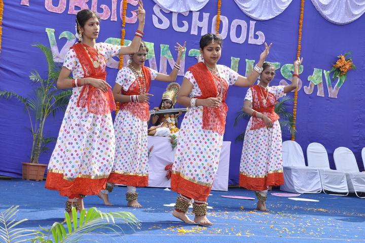 Sendhwa Public School-Dance
