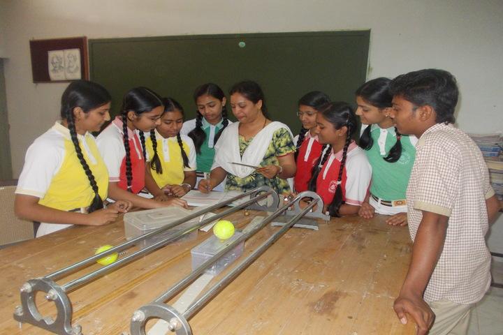 Sendhwa Public School-Science Lab