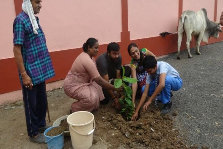 Servite Convent Higher Secondary School-Plantation