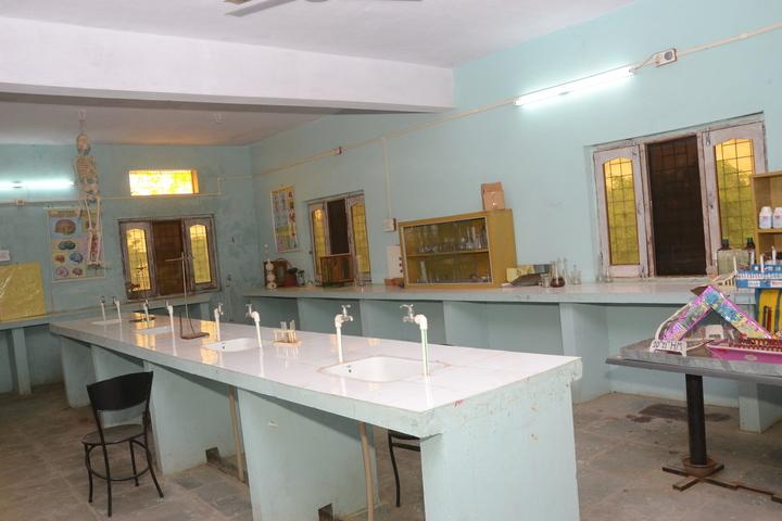 Shamgarh Public School-Science Lab