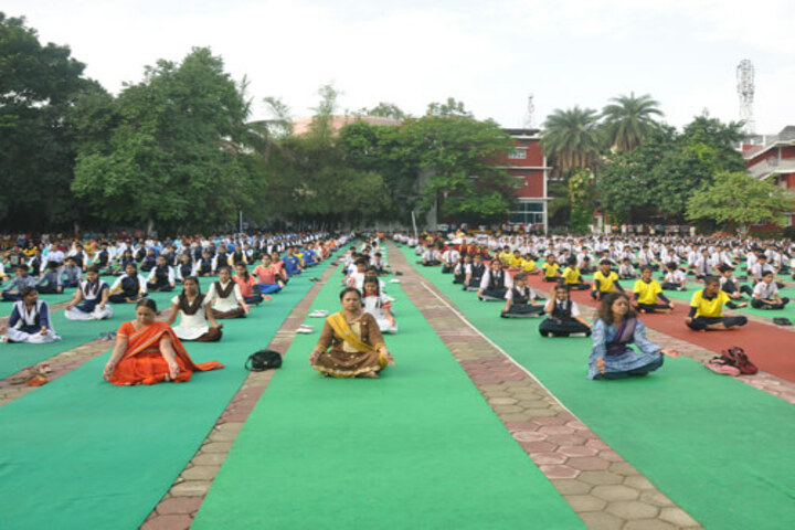 Shanti Niketan Montessori Higher Secondary School-Yoga