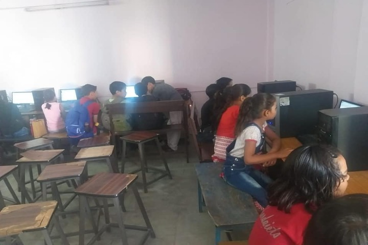Sharda Vidya Mandir-Computer Lab