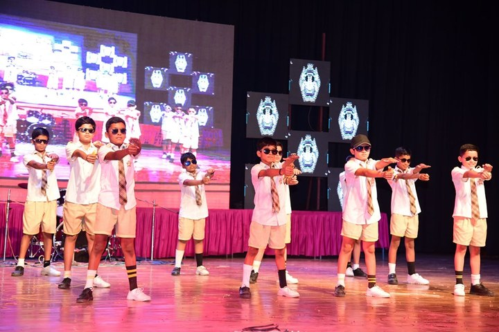 Shemford Futuristic School-Dance Performance