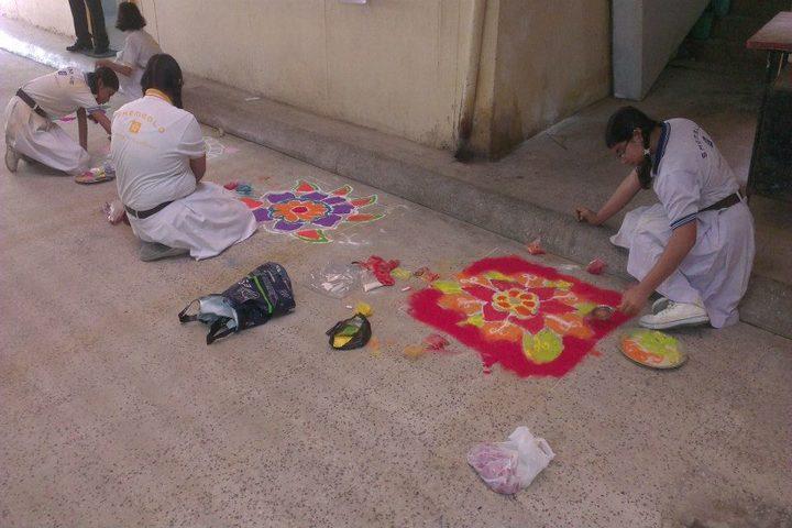 Shemford Futuristic School-Rangoli Competition