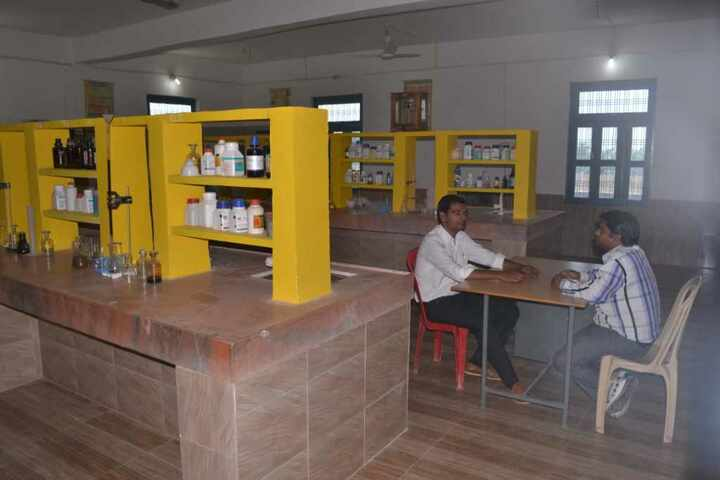 Shining Glorious Scholars Public School-Chemistry Lab