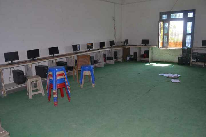 Shining Glorious Scholars Public School-Computer Lab
