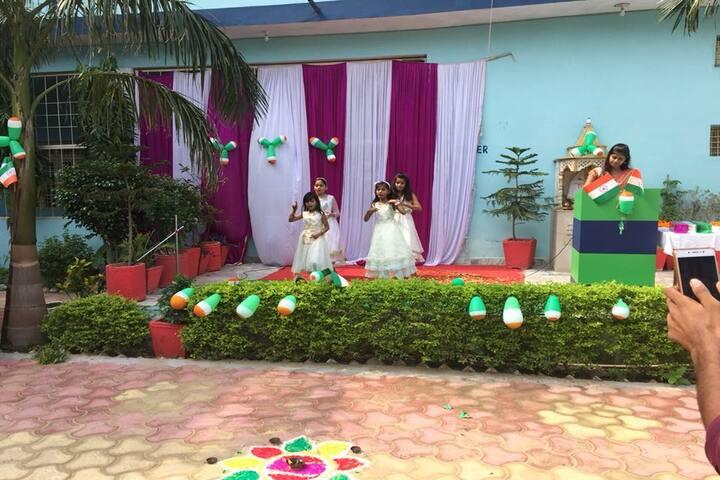 Shivam Higher Secondary School Porsa-Patriotic Day
