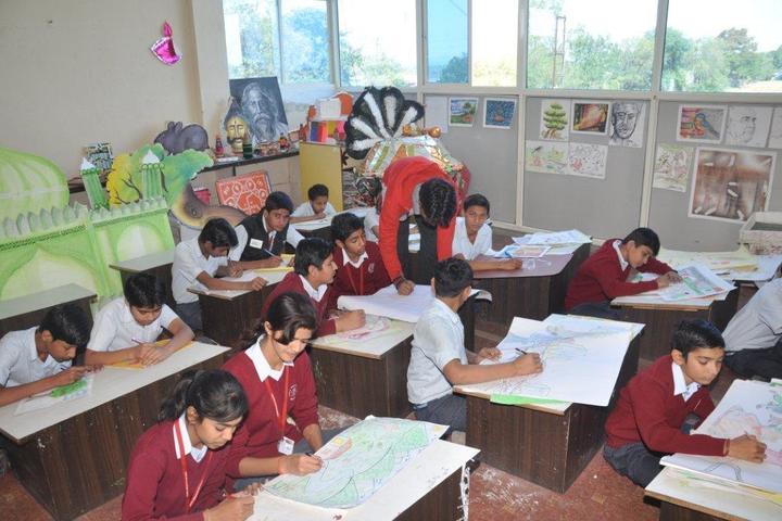 Shree Balaji Academy-Arts Room