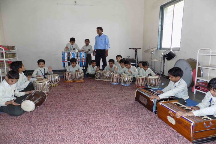 Shree Bhartiya Sanskriti Shiksha Sansthan-Music Room