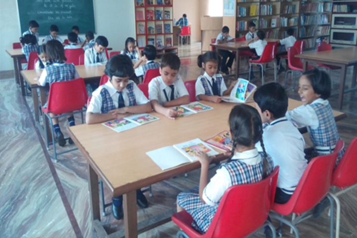 Shree Bhavans Bharti Public School-Library