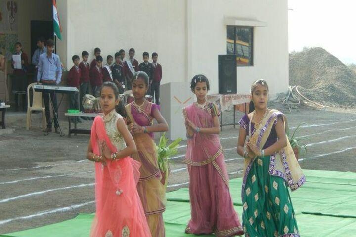 Shree Gurukul School-Dance
