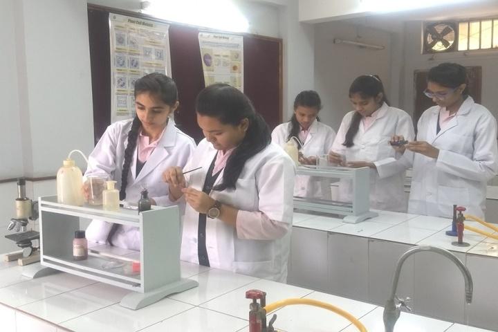 Shri Agrasen Vidyalaya-Biology Lab