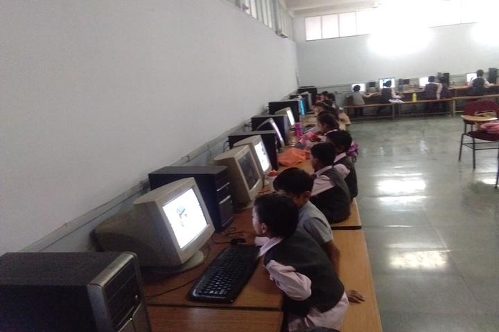 Shri Agrasen Vidyalaya-Computer Lab