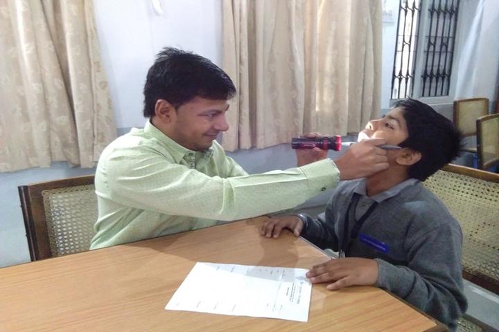Shri Agrasen Vidyalaya-Medical Checkup