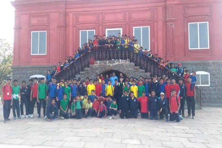 Shri Ram Centennial School-Excursion