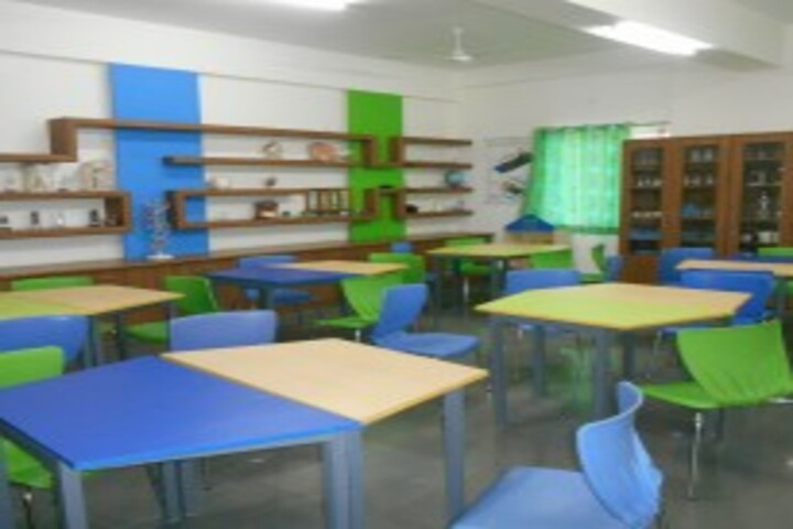 Shri Ram Centennial School-Science Lab