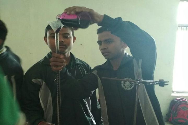 Shri Ramji Lal Senior Secondary School-Chemistry Lab