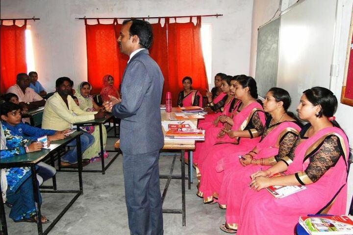 Shri Rawatpura Sarkar Shanti International Public School-Parent Meeting