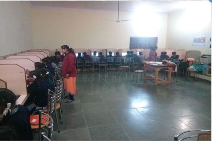 Shri Sai Public School-Computer Lab