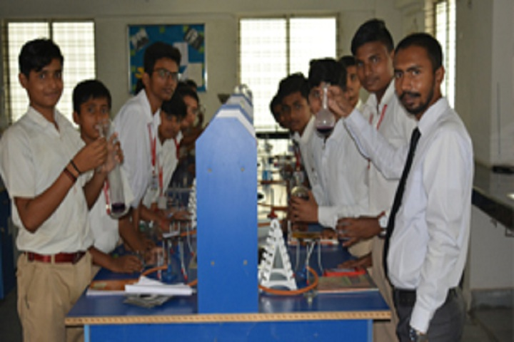 Bradford International School-Physics Lab