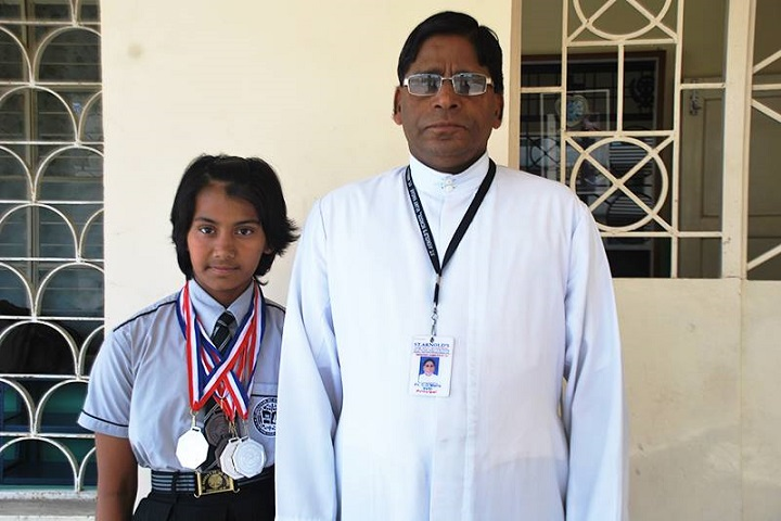 St Arnolds  School-Winner