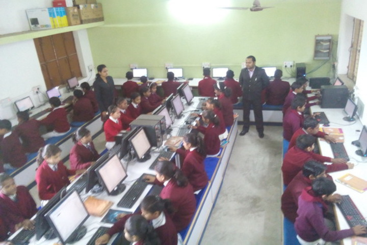 British English School-Computer Lab