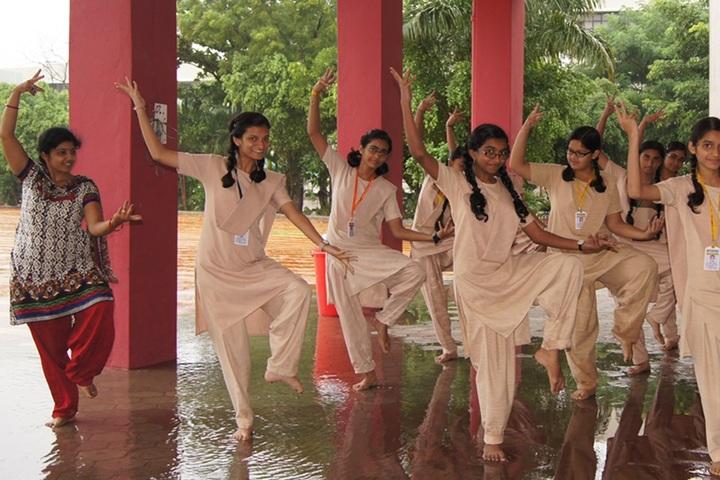 St Raphaels Higher Secondary School-Dance