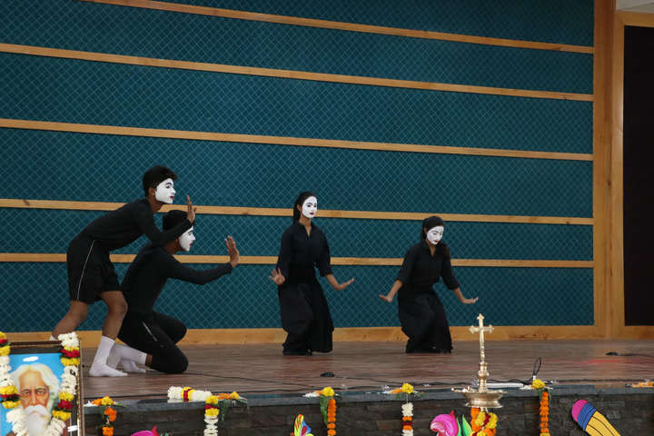 St Xaviers Senior Secondary School-Dance Activity