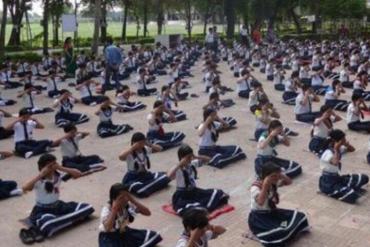 Takshshila Junior College-Yoga