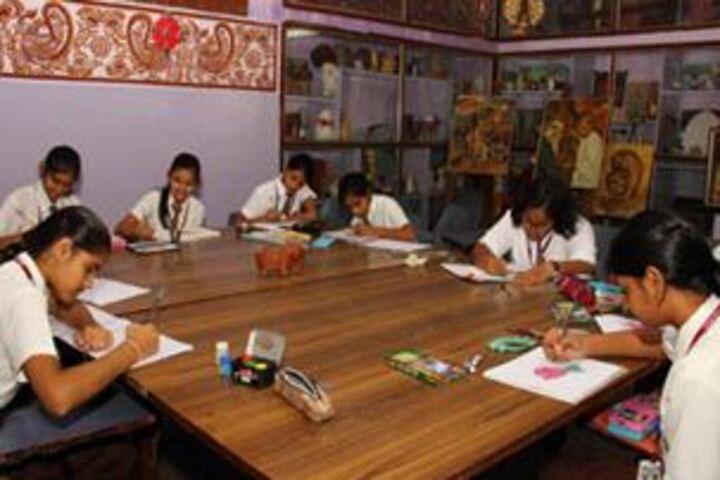 The Aditya Birla Public School-Art and Sculpture