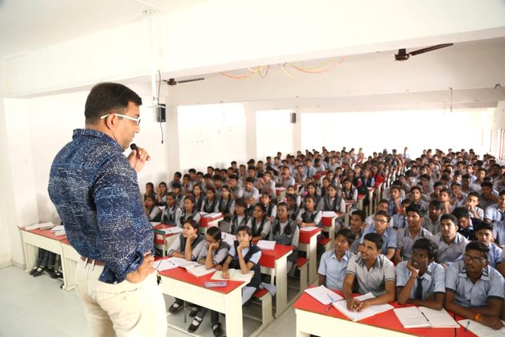 The Sardana International School-Seminar