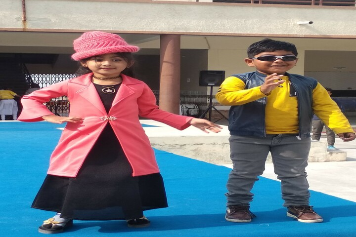 The Vardhaman Heights International School-Fashion Show