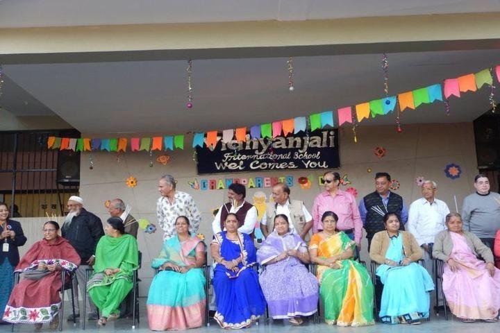 The Vidhyanjali International School-Grand Parents Day