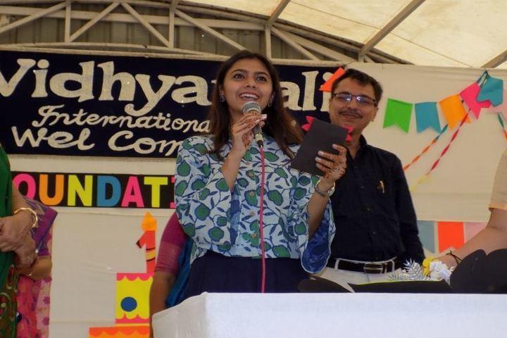 The Vidhyanjali International School-Singing