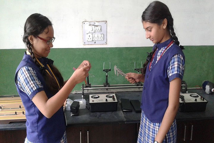 Vardhaman Public School - Electrical Lab