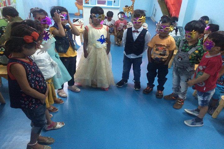 Vidya Bhavan Public School-Class activity