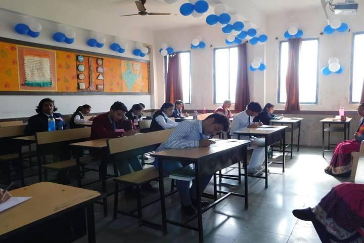 Vidya Bhavan Public School-Classroom