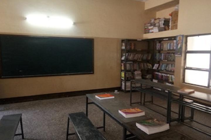 Vidya Vijay Bal Mandir-Library with reading room