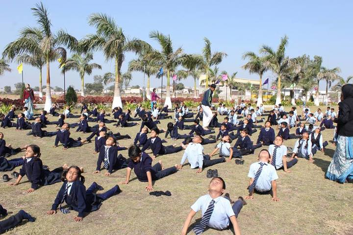 Vidyakunj International School-Yoga