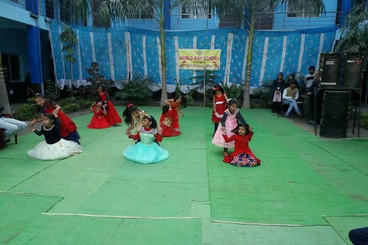 World Way School-Kids Dance